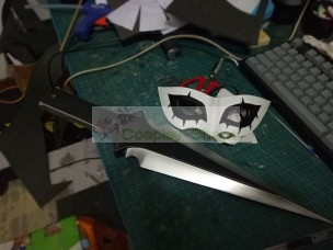 Joker from Persona 5 Cosplay Prop Mask with Dagger